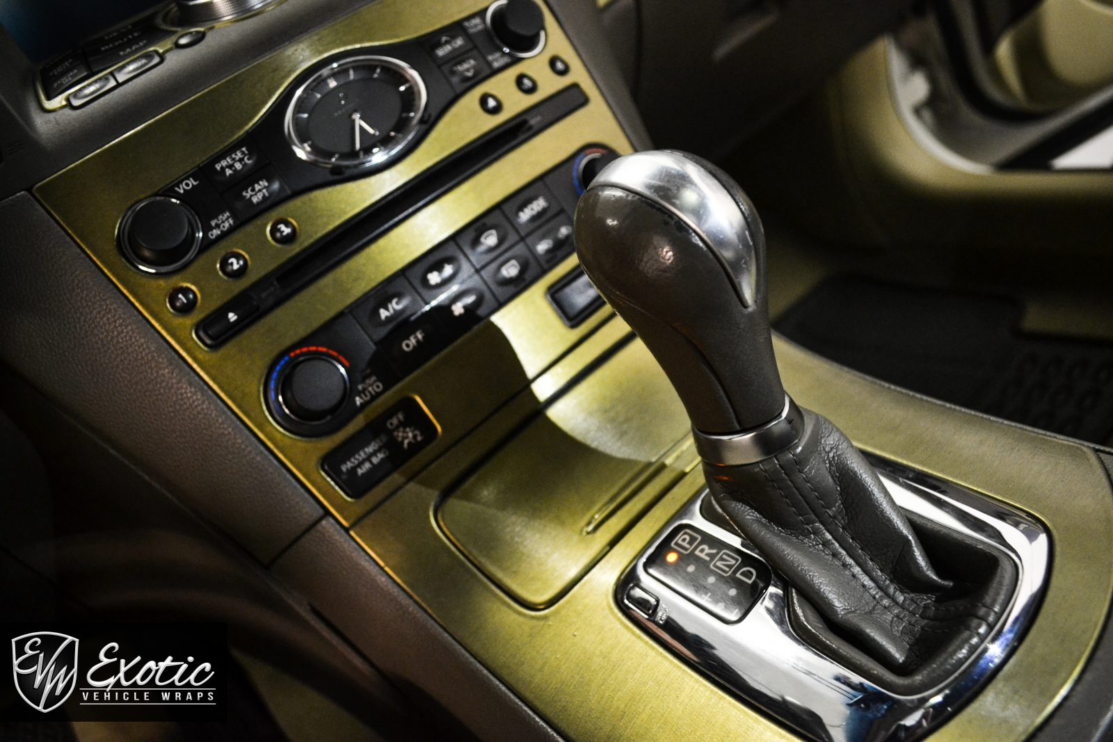 Army Gold Interior Wm